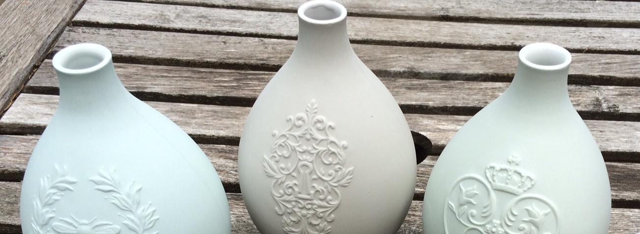 porcelain egg vase