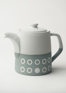 Graphic T-Pot (2 mug); Circles. Concrete colour/white glaze top