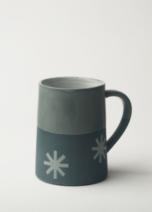 Graphic 12 oz Taper Mug: 'Starburst'. Dark blue/clear glaze top.