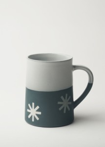 Graphic 12 oz Taper Mug: 'Starburst'. Dark blue/white glaze top.