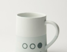 Graphic 12 oz Taper mug: 'Circles'. Pale Blue/white glaze top